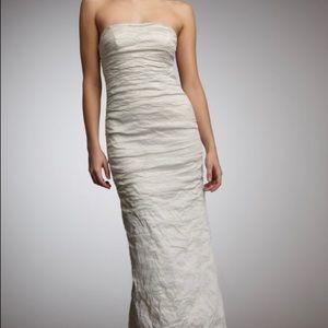 Nicole miller bridal dresses nicole miller modern wedding gown nicole miller bridal dresses nicole miller modern wedding gown bridal size 0 junglespirit Choice Image